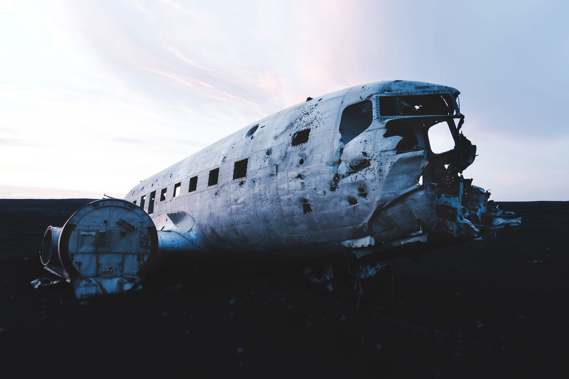 Crashed airplane in solheimasandur on the way to hrifunes nature park hotel south iceland